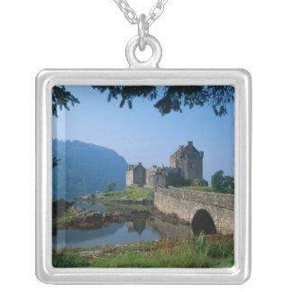 Eilean Donan slott, Skotska högländerna, Skottland Silverpläterat Halsband