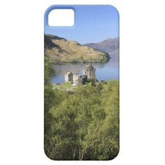 Eilean Donan slott, Skottland. Den berömda iPhone 5 Case-Mate Fodral