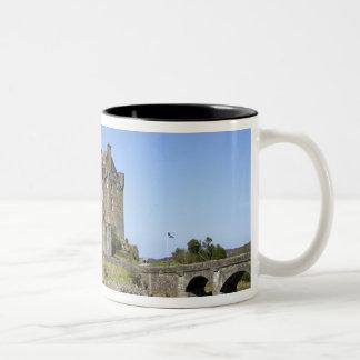 Eilean Donan slott, Skottland. Den berömda Två-Tonad Mugg