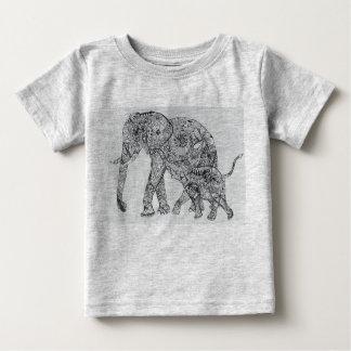 elefanten är det bäst!! tshirts