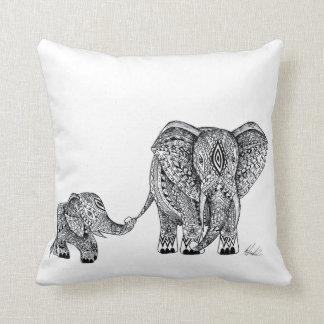 elefanten och bebiset dämpar! kudde