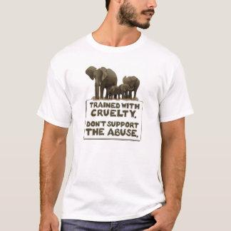Elefanter utbildas med grymhet tee shirt