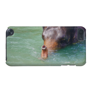 Elefantstam upp i vatten, djur fotografi iPod touch 5G fodral