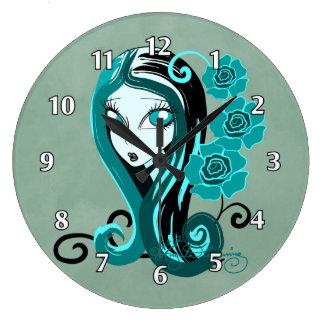 Elegant gotisk dam med rokrickan stor klocka