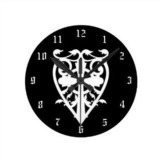 Elegant gotisk vitceltickor i hjärta rund klocka