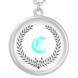 Elegant Monogram Silverpläterat Halsband