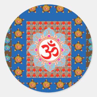 Elegant OmMANTRA Mantra: Yogameditation som läker Runt Klistermärke