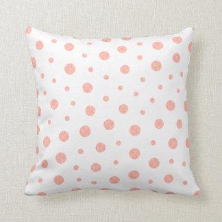 Elegant polka dots - mjuk rosa guld- vit kudde