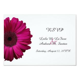 Elegantt rosa kort för Gerberadaisybröllop OSA 8,9 X 12,7 Cm Inbjudningskort