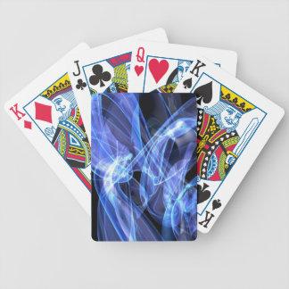 Elektrisk blåttvågar som leker kort spelkort
