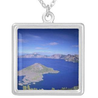 ELLER, krater sjö NP, trollkarlö och krater Silverpläterat Halsband