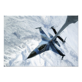 En Aggressor F-16 sitter i kontakt placerar Fototryck