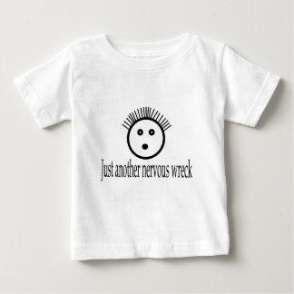 En annan nervös haveridräkt t-shirt