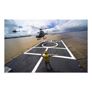 En brasilianska Eurocopter förbereder sig att land Fotografi