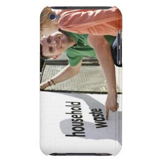 En farundervisning hans dotter om återvinning Case-Mate iPod touch fodral