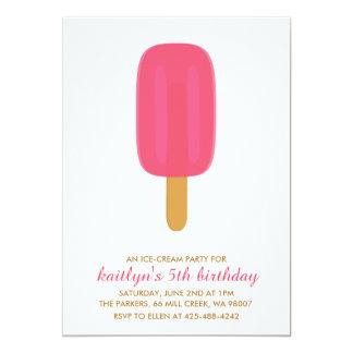 En födelsedagsfest inbjudan för glasspartybarn