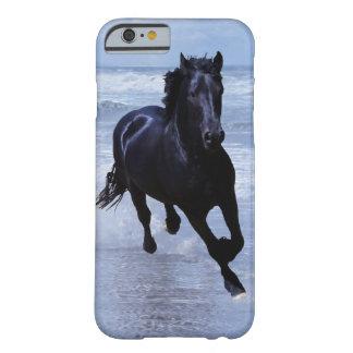En hästvild och frigör barely there iPhone 6 skal