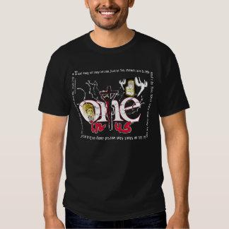 En i oss gif för konst 2 tshirts