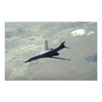 En Lancer för US-flygvapen B-1B på en stridpatrull Fototryck