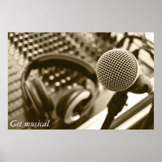 En mikrofon och hörlurar poster