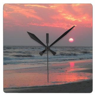 En perfekt solnedgång fyrkantig klocka