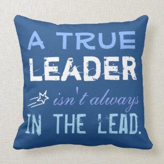 En riktig ledare är inte alltid i täten kudde