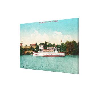 En Sacramento River plats med en Riverboat Canvastryck