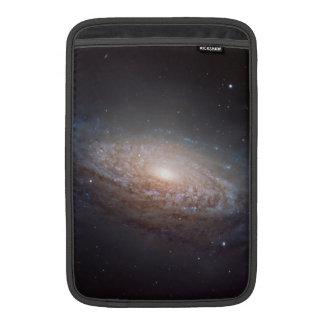 En spiral galax i Leo Sleeve För MacBook Air