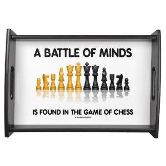 En strid av Minds finnas i leken av schacket Serveringsbricka