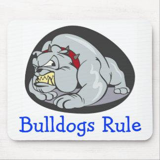 Engelska bulldoggar härskar tecknadvalphunden musmatta