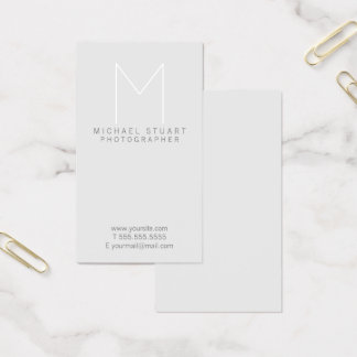 Enkel modern Minimalist grå färgMonogram Visitkort