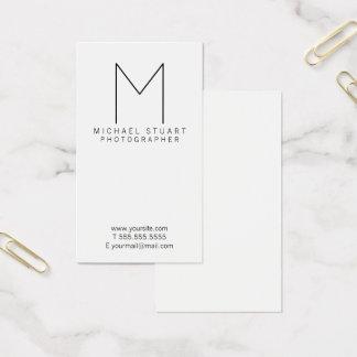 Enkel modern Minimalist svartvit Monogram Visitkort
