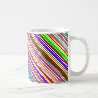 Enkel vriden färg görar randig kaffemuggen vit mugg