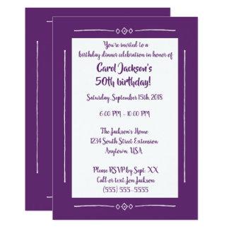 Enkla flott lilor på det purpurfärgade 12,7 x 17,8 cm inbjudningskort