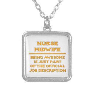 Enorm sjuksköterskabarnmorska. Jobbbeskrivning Halsband Med Fyrkantigt Hängsmycke