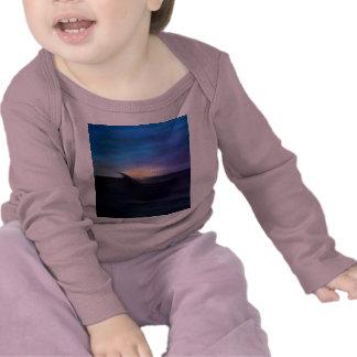 Ensamhet (åtskilliga produkter) t shirts