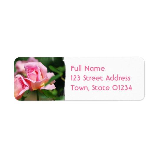 Etiketter för rosa rosknoppbrevskickande returadress etikett