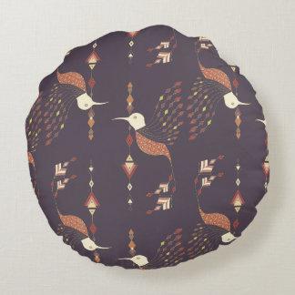 Etnisk stam- aztec fågel för vintage rund kudde