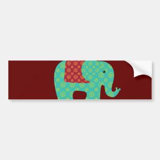 Etniska elefanter med blommor på rödbrunt rött bildekal