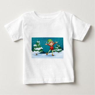 Ett gulligt dvärg- near grästräden tröja