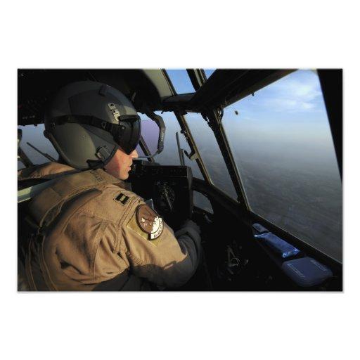 Ett US-flygvapen C-130J pilot- Hercules Konstfoto