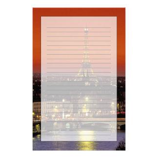 Europa frankrike, Paris. Solnedgången beskådar av Brevpapper