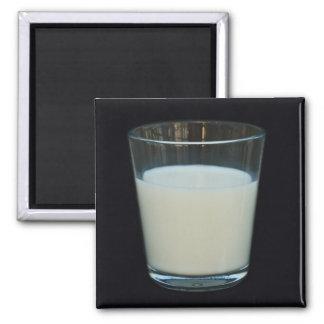 Exponeringsglas av mjölkmagneten magnet