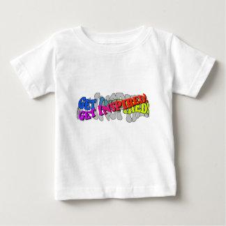 Få inspirerad - den begynna T-tröja Tshirts