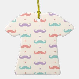 Fab pastellfärgad populär gåva för  T-Shirt formad julgransprydnad i keramik