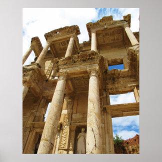 Facade av bibliotek av Celsus i den Ephesus Poster