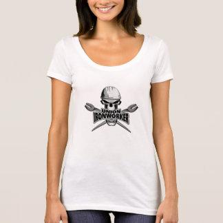 Facklig Ironworker: Skalle och potatisar Tee Shirt
