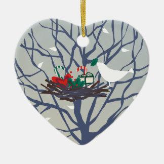 Fågel på bygga bo på jul julgransprydnad keramik