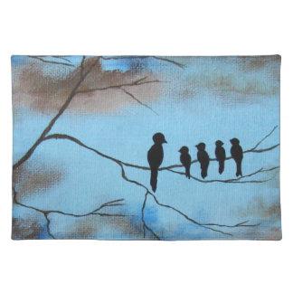 Fåglar i träd i konst för himmelmors dagabstrakt bordstablett