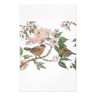 Fåglar och blommar brevpapper